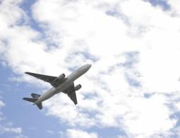 飛行機マニア大集合☆あなたの組立てた飛行機が空を飛ぶ!